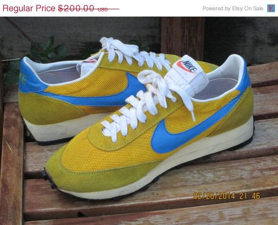 Sale Vintage 70's NOS Nike Waffle trainers running by