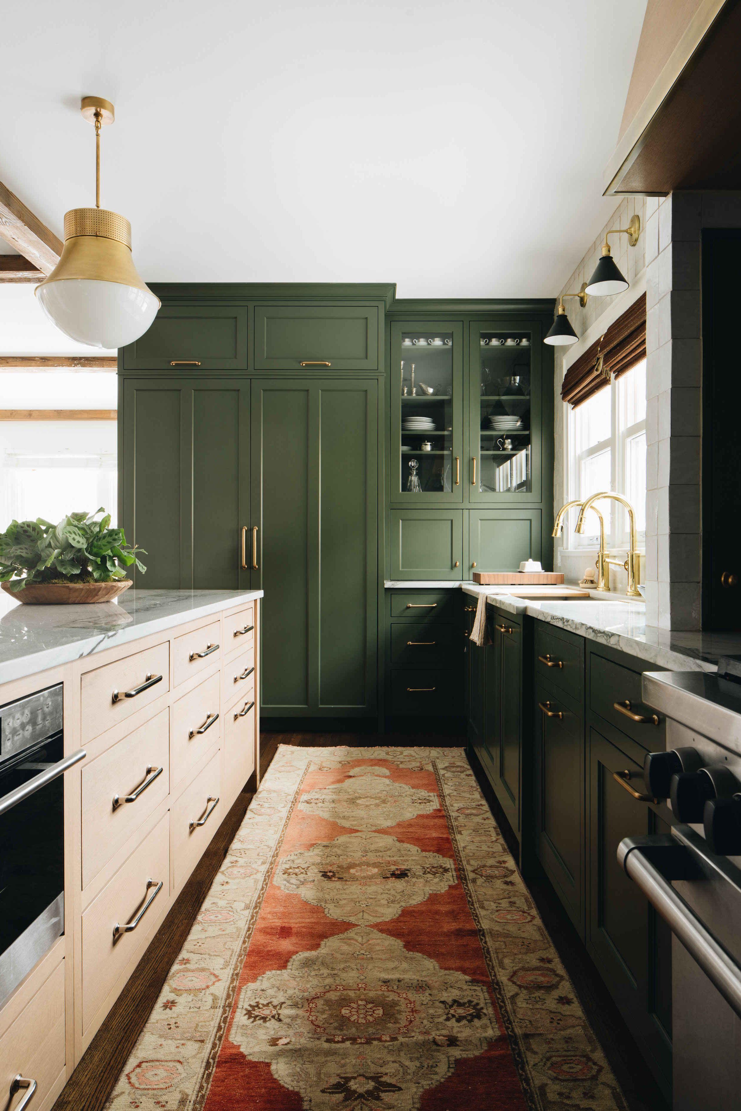 9 Creative Corner Kitchen Plans   Decor Around The World   Cheap ...