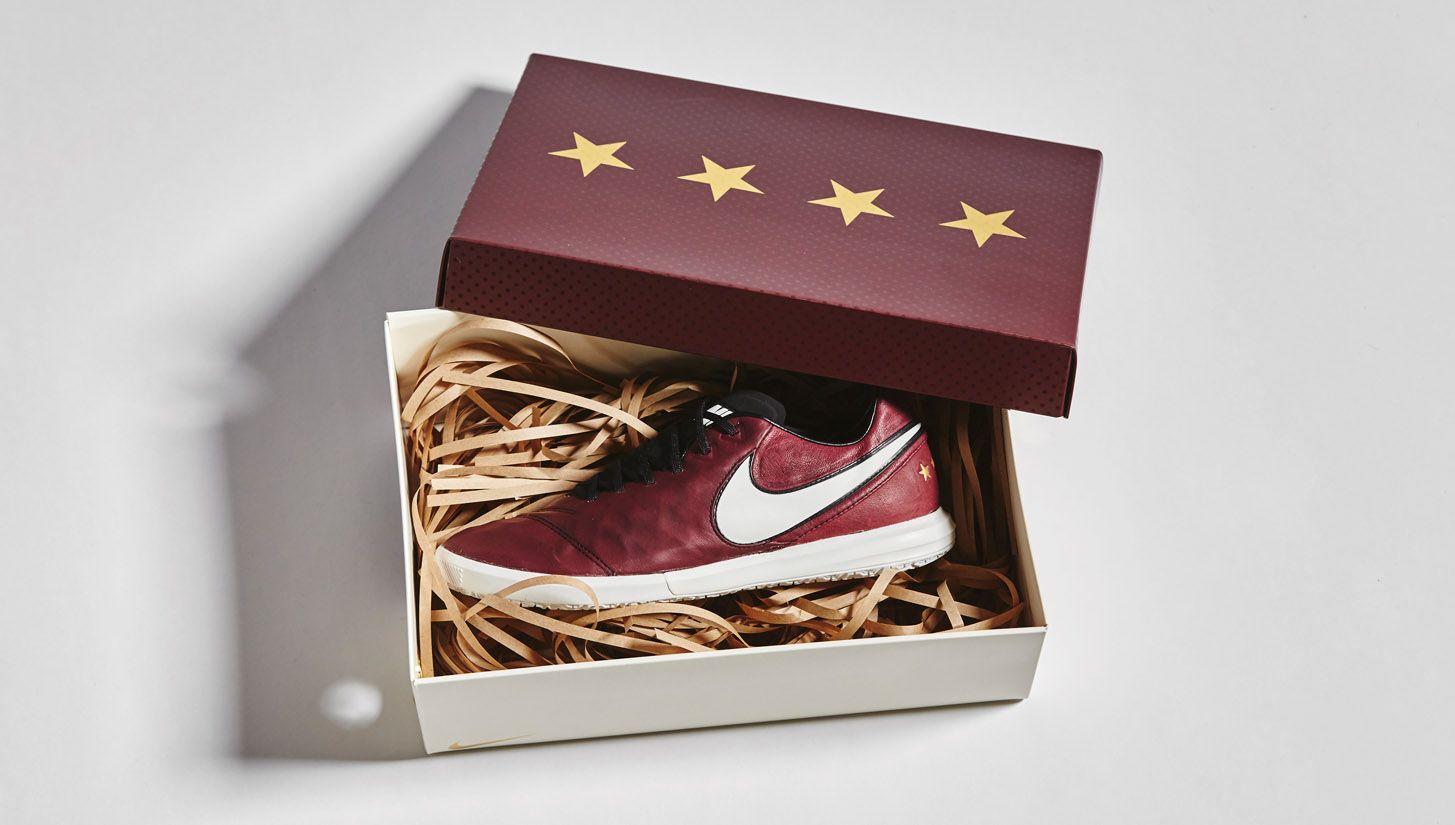 Nike TiempoX Pirlo Edition