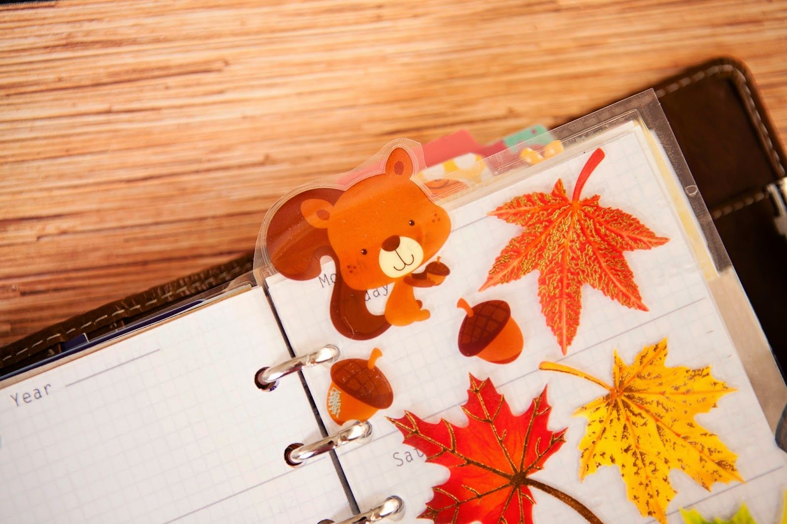 Squirrels in the leaves - laminated stickers to make a flyleaf / pagemarker in my Filofax - mrsbrimbles.blogspot.com