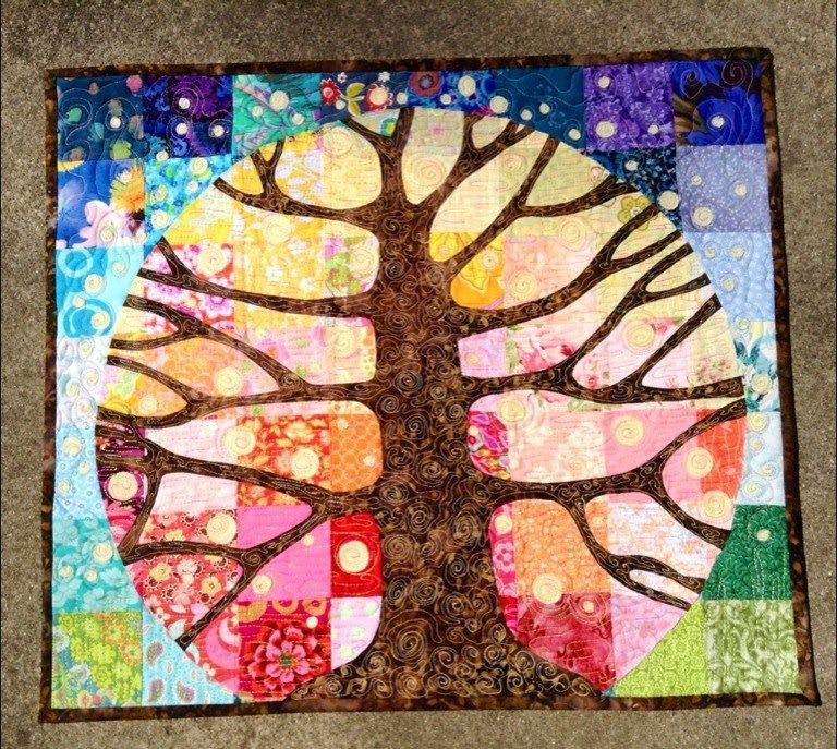 Over a Year in the Making: Tree of Life quilt by Dee | Dee's Doodles