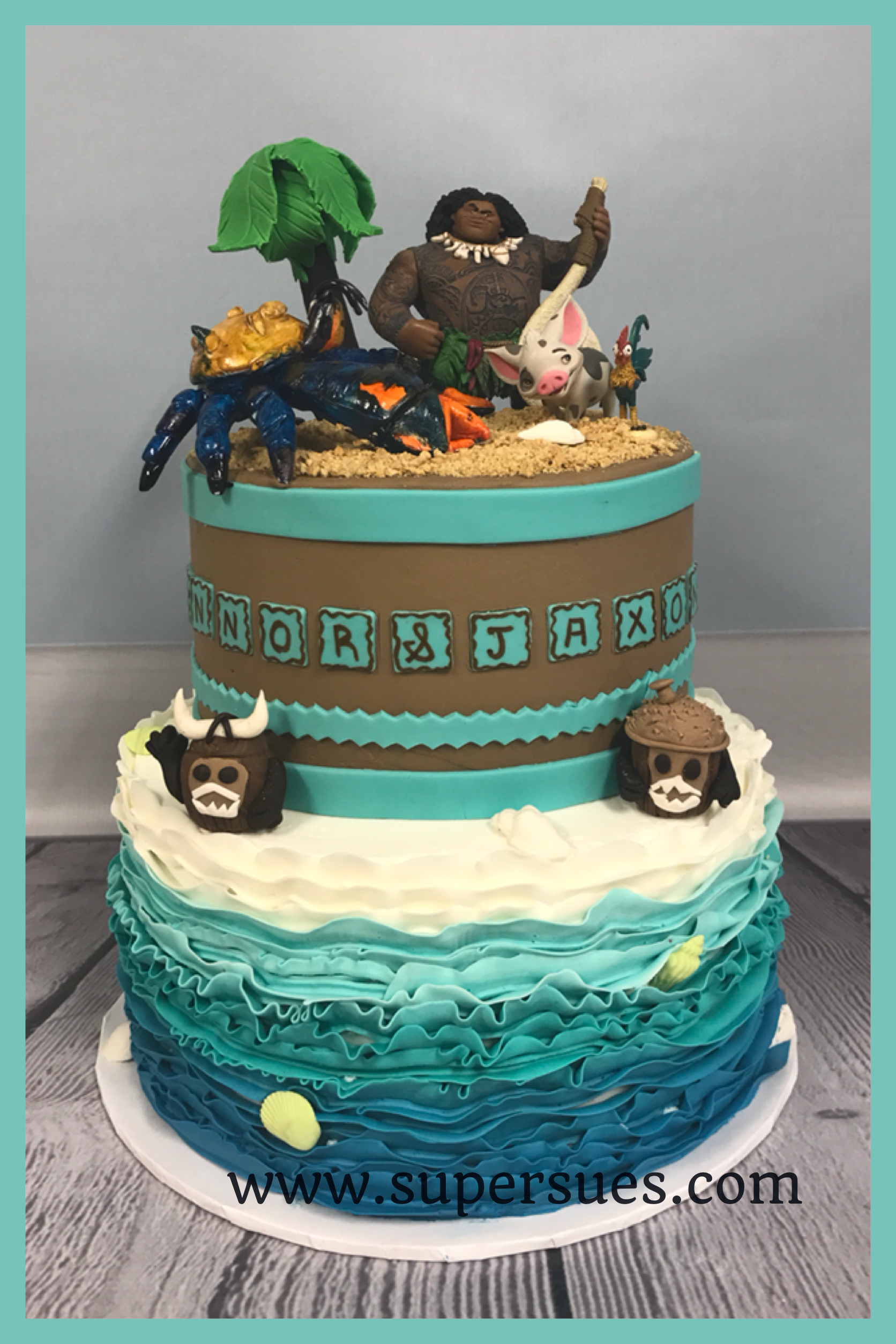 Moana Inspired Birthday Cake Maui And Tamatoa As The Key Elements