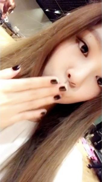 Jennie Ünlüler, Kızlar, Koreli kız