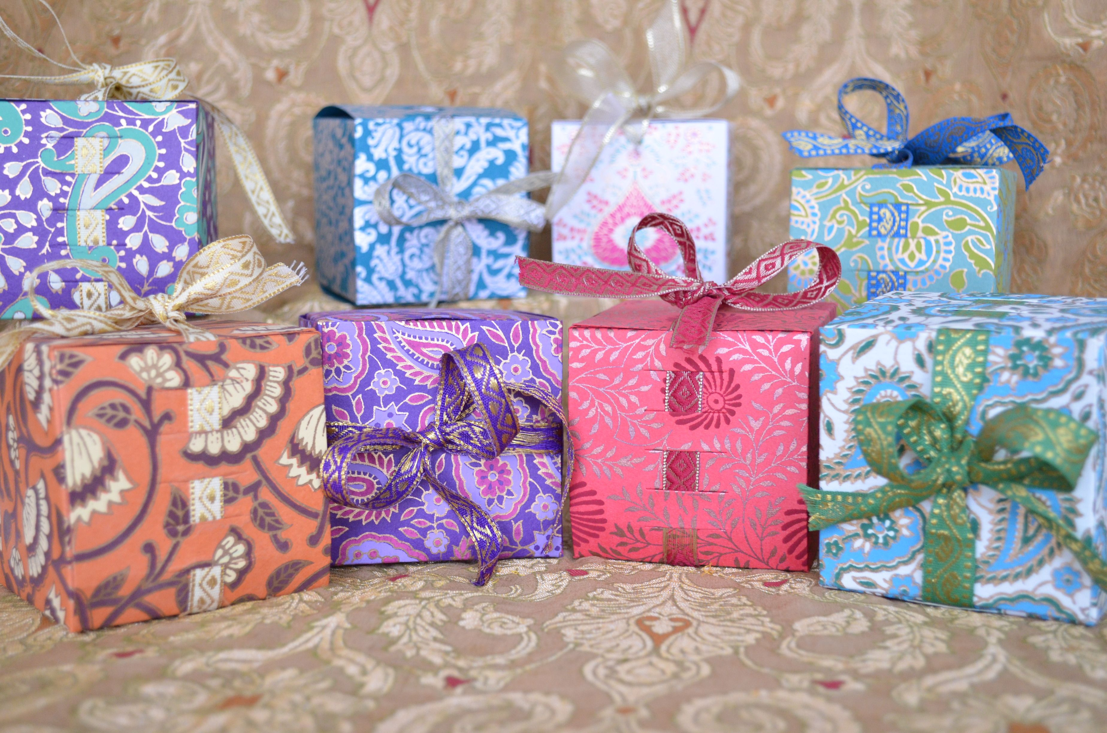 Eid Mubarak! Eid favor boxes available in all colors and designs ...