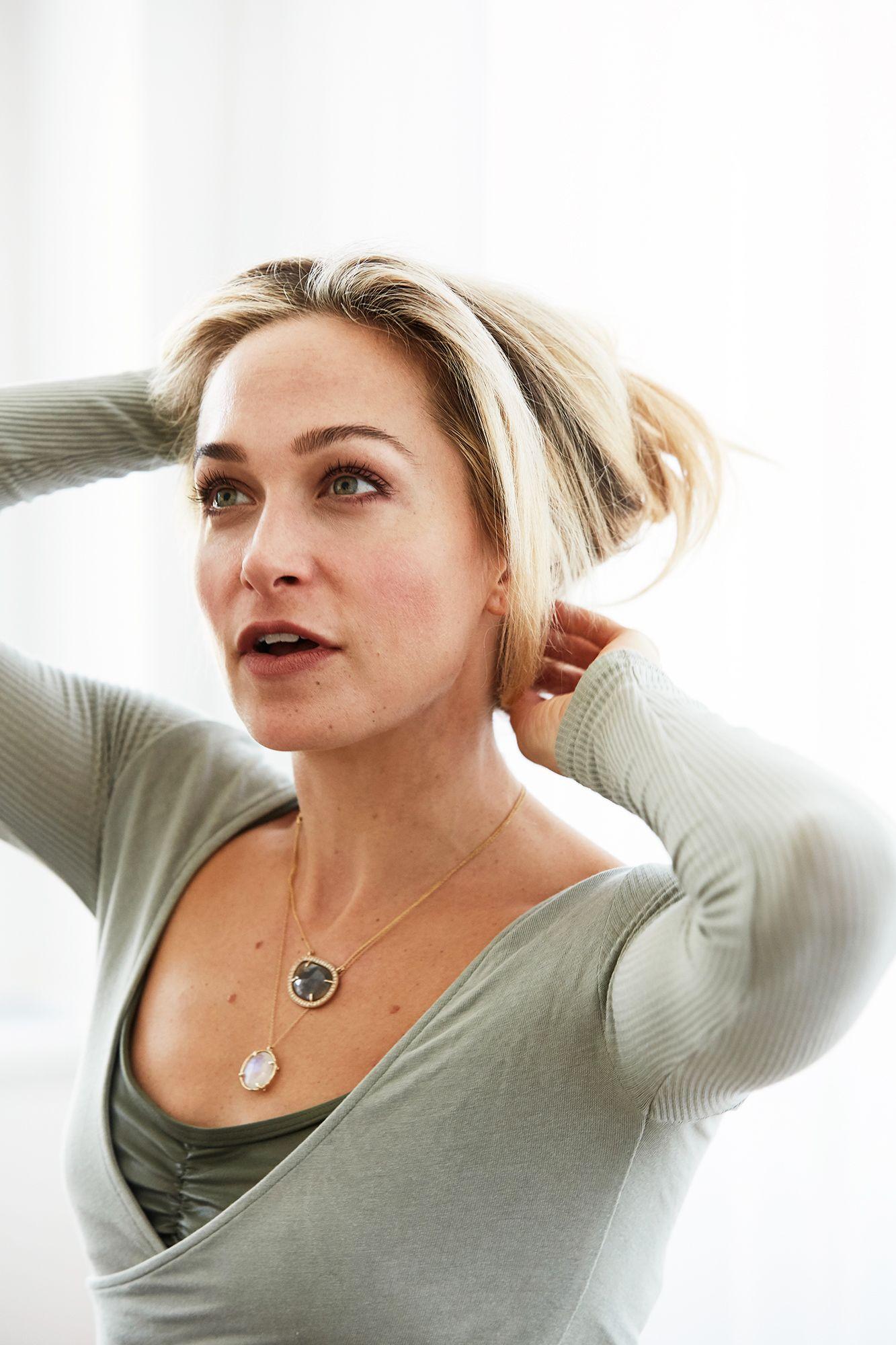 Fit (Mom) Mode: Taryn Toomey | Fitspo. | Fitness, Yoga ...  Fit (Mom) Mode:...