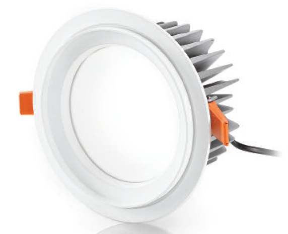 L'illuminazione è stata risolta con faretti NOBILE  mod. A3 ad incasso, a LED, 1450 lumen, 4000K