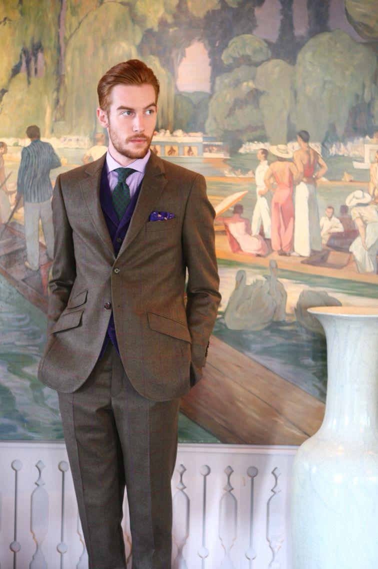 Costume anglais 2 boutons en tweed! Gilet velours violet en coupe anglaise  également (avec revers). Pantalon sans pince, idéal dépareillé!   WicketSoBritish 8a7d4f2b455