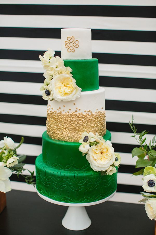 St Patrick\'s Day Wedding Ideas | Wedding cake photos, Cake photos ...