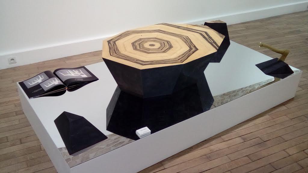 Julien LACHAUD, Ebony rock, table basse, 122 x 82 x 35 cm ...