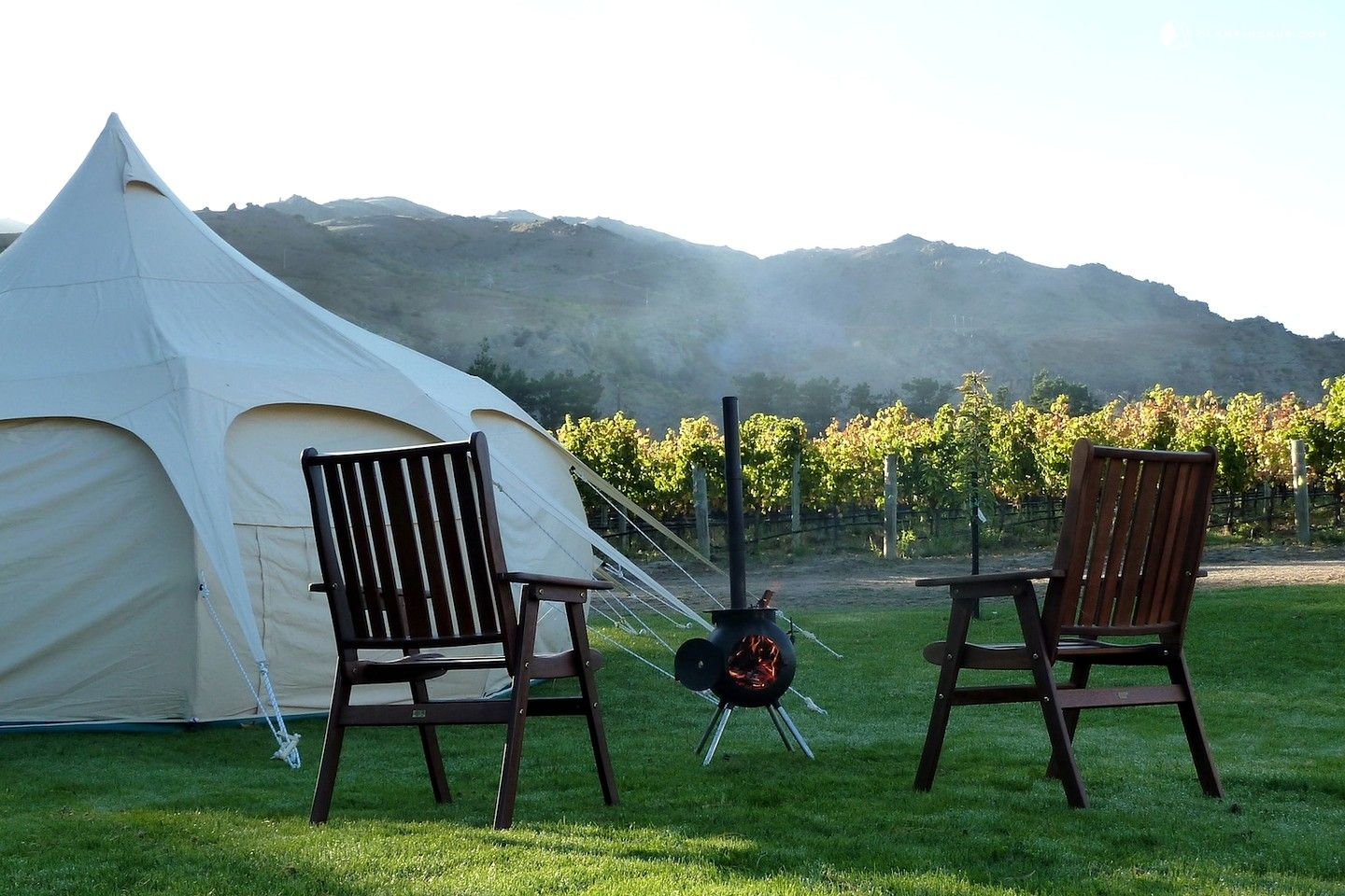 Luxury Tent Camping In New Zealand Glampers Can Travel To Whichever Location They Desire Zealands Backcountry These Luxurious Portable Tents