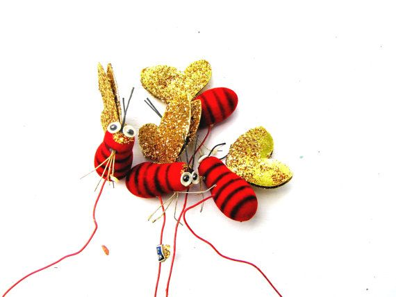 Bumblebee!    epsteam by Patti Richmond Mills on Etsy