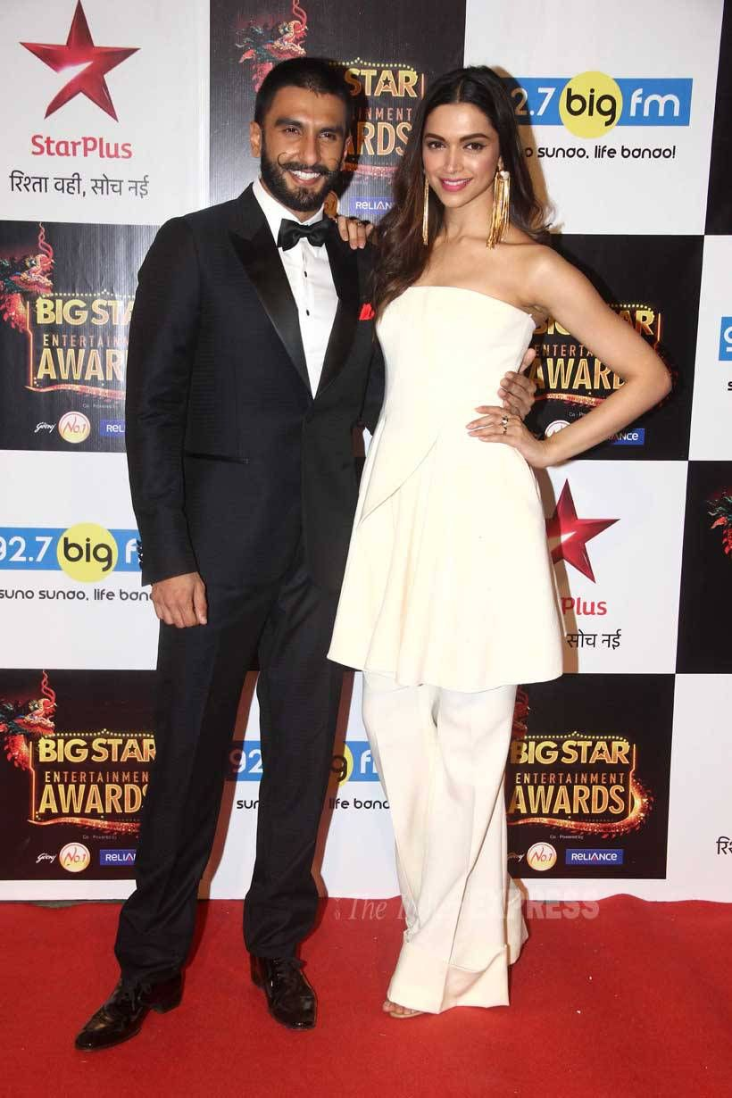 Deepika Padukone and Ranveer Singh at BIG Star Entertainment Awards 2015. #Bollywood #Fashion #Style #Beauty #Hot