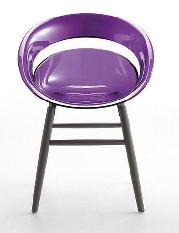 Love it in the transparent violet: the Tina OM Wood Base Chair by Softline Allkit. @designerwalllace