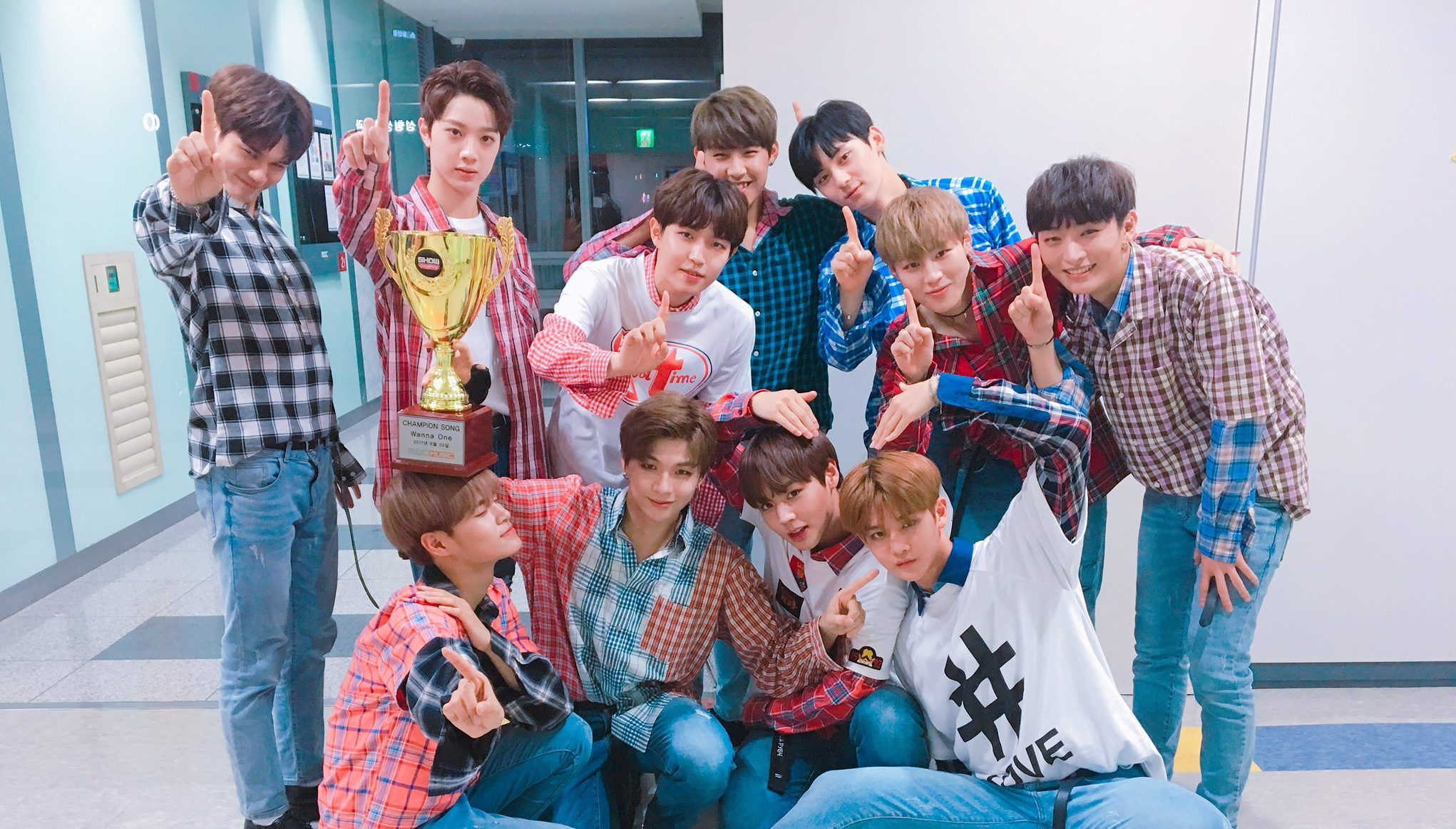 Watch Wanna One Takes th Win And Triple Crown For ucEnergeticud On