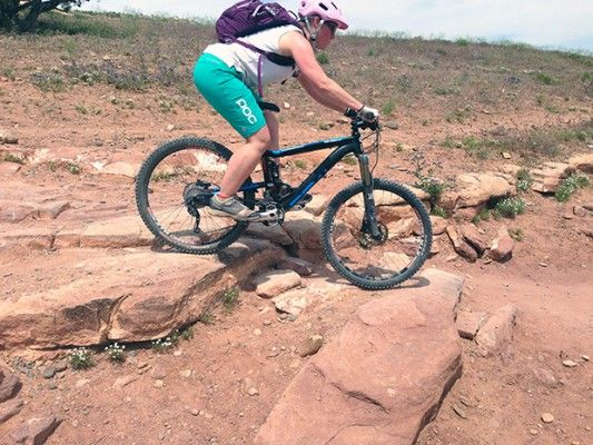 Review Poc Trail Wo Mountain Bike Shorts Singletracks Mountain Bike News Mountain Bike Shorts Mountain Biking Women Bike News