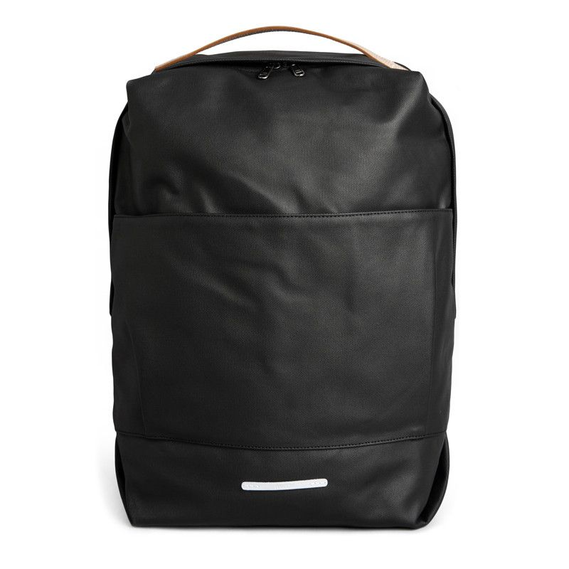 c69feb0eca61 BACKPACK 180 RUGGED R BAG 100 is the signature bag from RAWROW.The bag has  evolved in detail and design over the past five seasons.In this season it  reta.