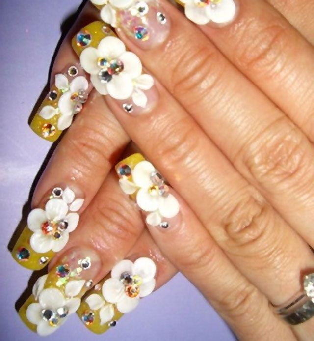 Flower designs that bloom onto whole nail.. | Nice nails ...