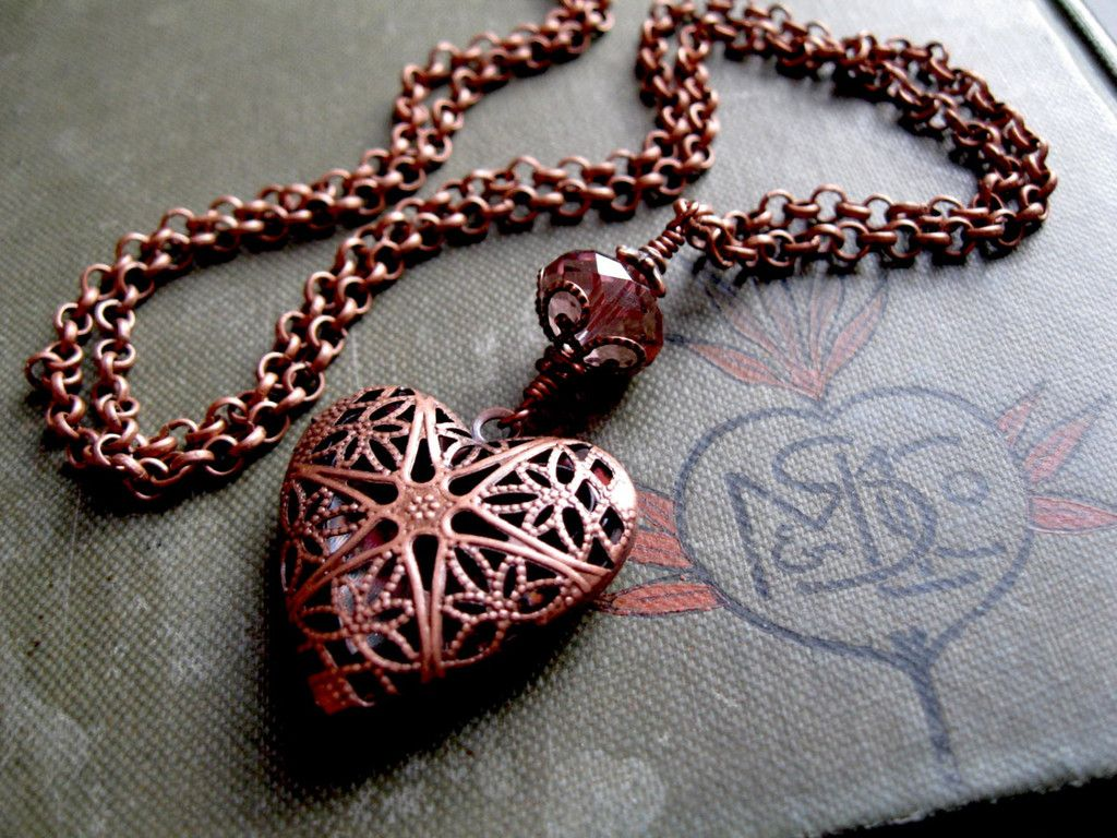 Perfume Locket. Scent Locket in Copper Long Victorian Heart Necklace.  Aromatherapy Spell Wicca Custom Colors