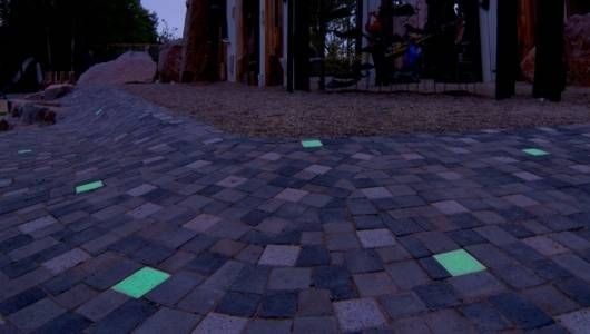 Light Recycling Pavers Save Energy Prevent Stumbling Around In The Dark