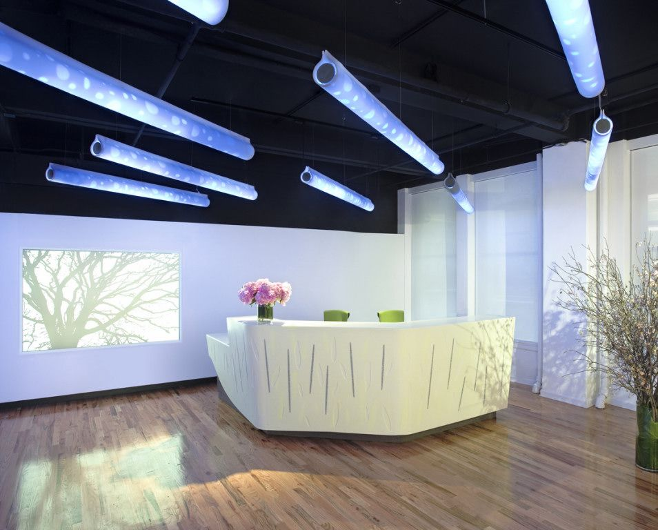 Dupont corian office reception design office lobby for Office reception lighting design