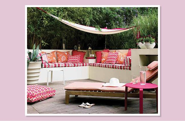 PatioDIY | Urban garden design, Small urban garden design ... on Cascadia Outdoor Living Spaces  id=17840