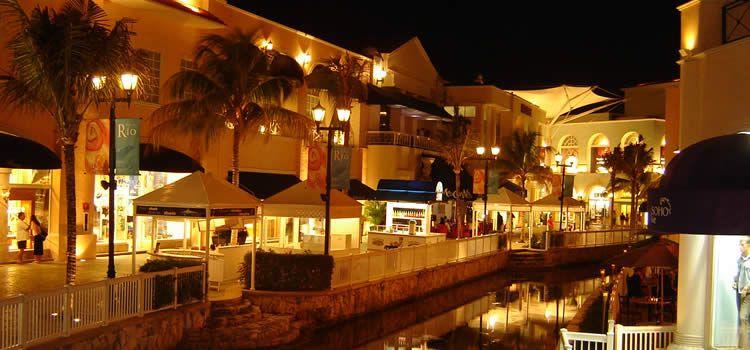 Disfruta de una tarde de compras en Plaza La Isla Cancún  53042110d4de3