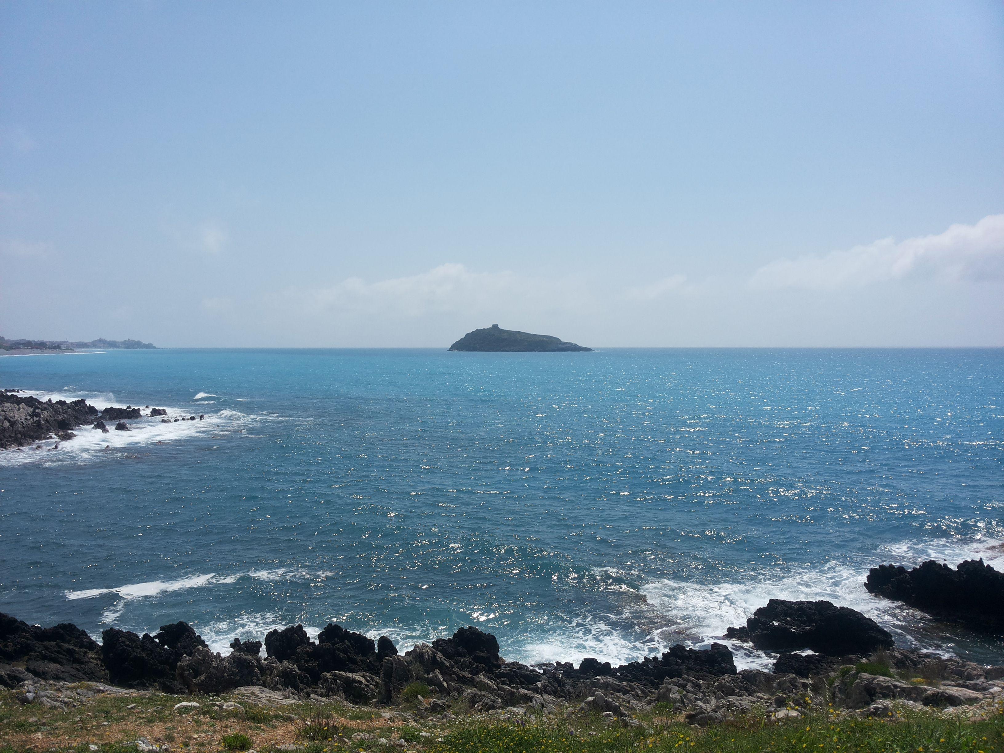 Sfondo sull'isola di Cirella (CS)