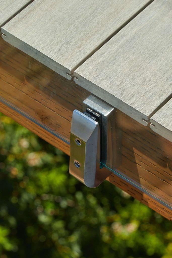 Side Mount Deck Glass Railing – Viewrail
