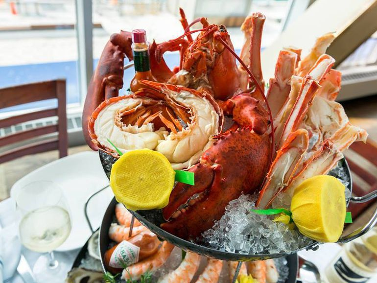 The 20 Essential Seafood Restaurants in Chicago Seafood