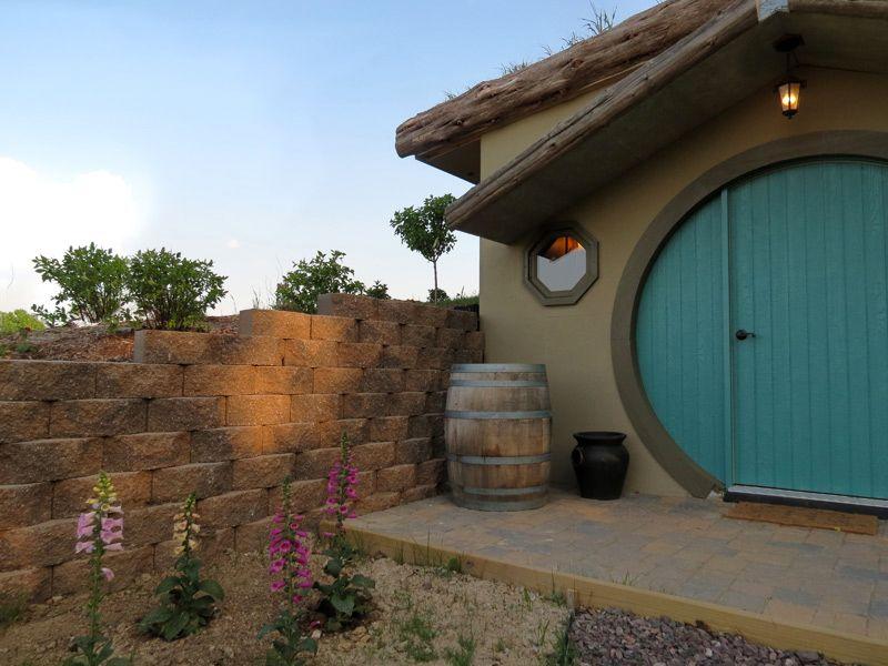 Hobbit House, Southern Illinois, Cabin Rental