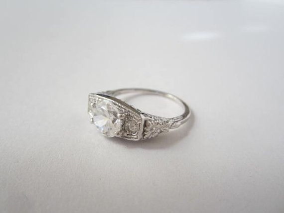 This Gorgeous Sterling Silver CZ Engagement Ring, Art Deco Vintage Wedding-style Ring will be the most remember gift for your love one. Vintage