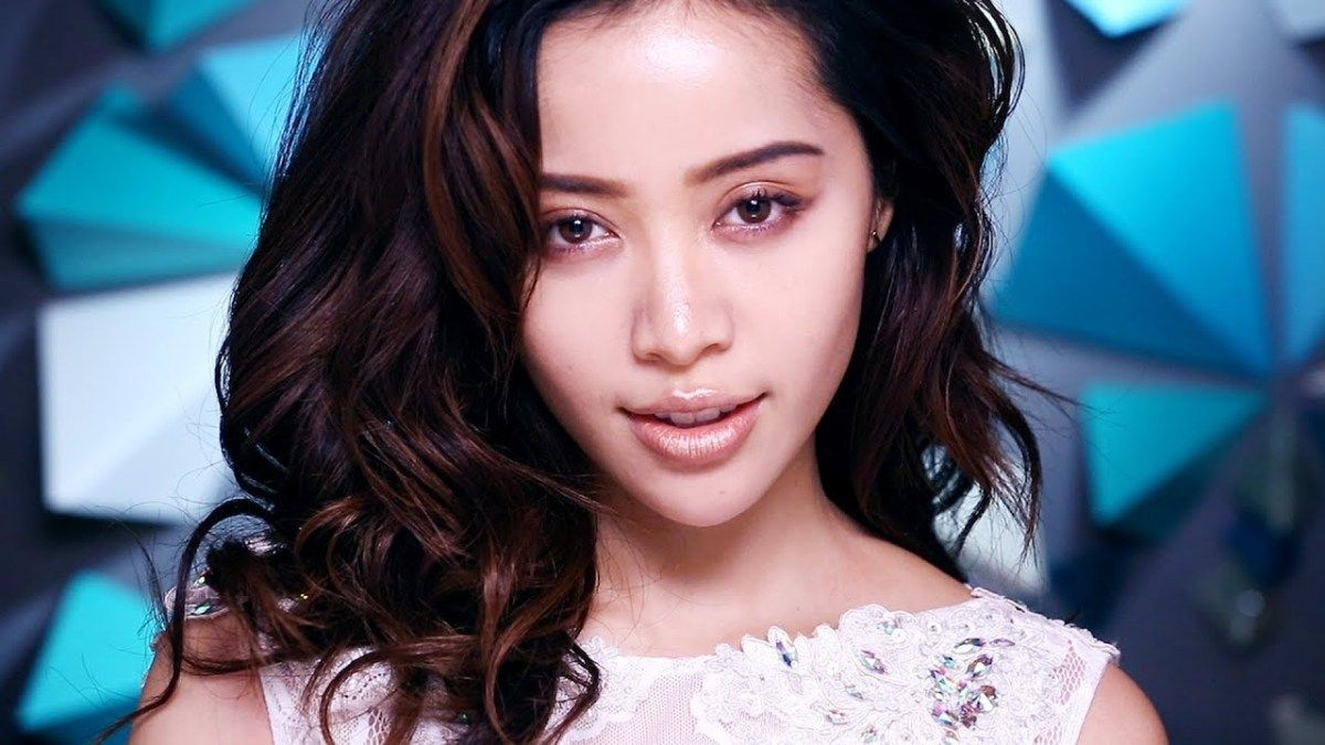 """Words of Wisdom """"Be One Of A Kind""""Michelle Phan"""