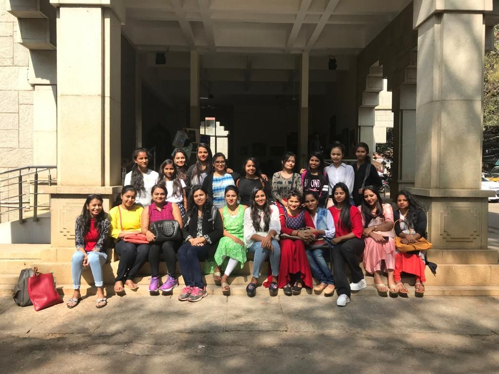 The Diploma Fashion Design Students Of Vogue Institute Of Fashion Technology Spent The Day At Chitrakala Paris Technology Fashion Fashion Design Design Student