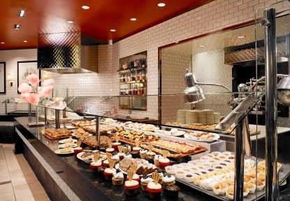 Raise A Toast To Mom With Champagne Brunch At The Buffet At Treasure Island Vegas24seven Com Las Vegas Buffet Las Vegas Food Treasure Island Las Vegas