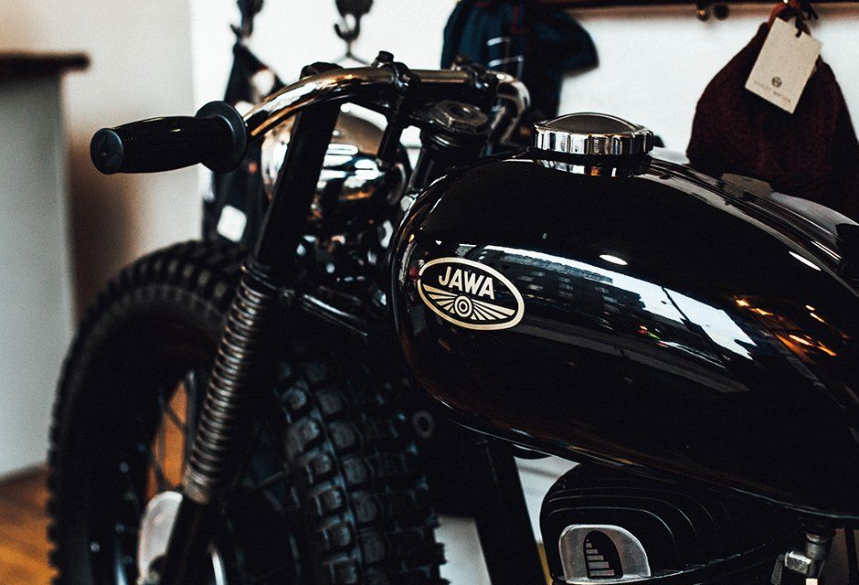 A visit to vagabond tattoo studio motorcycles for Tattoo shop hackney road