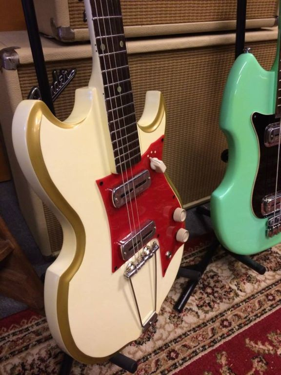 vintage guitars Matts