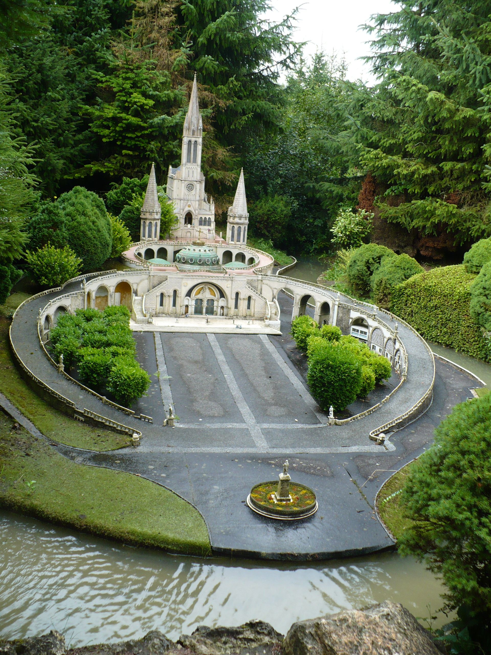 Grotto At Sanctuary Of Our Lady Of Lourdes France Lady Of Lourdes Our Lady Of Lourdes Lourdes