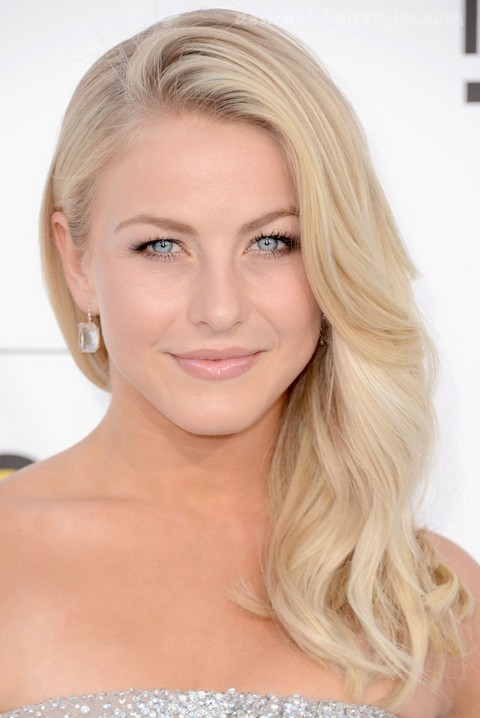 23 Julianne Hough Hairstyles - 12 #ShortHairstyles | Desirable ...