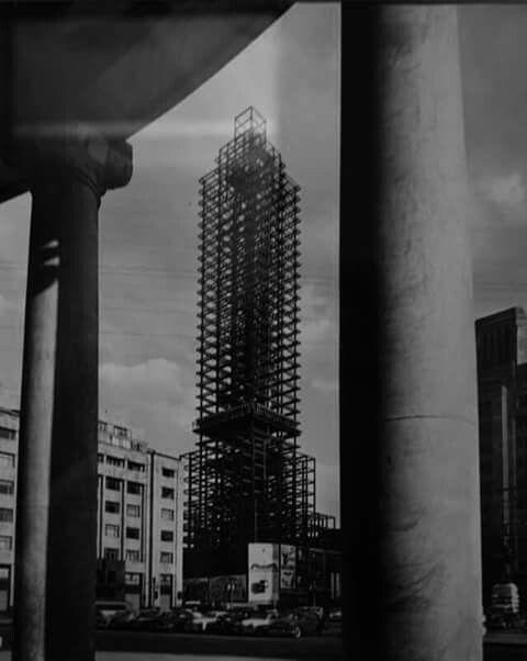 Construcción de la torre latino desde bellas artes! 1949 #cdmx