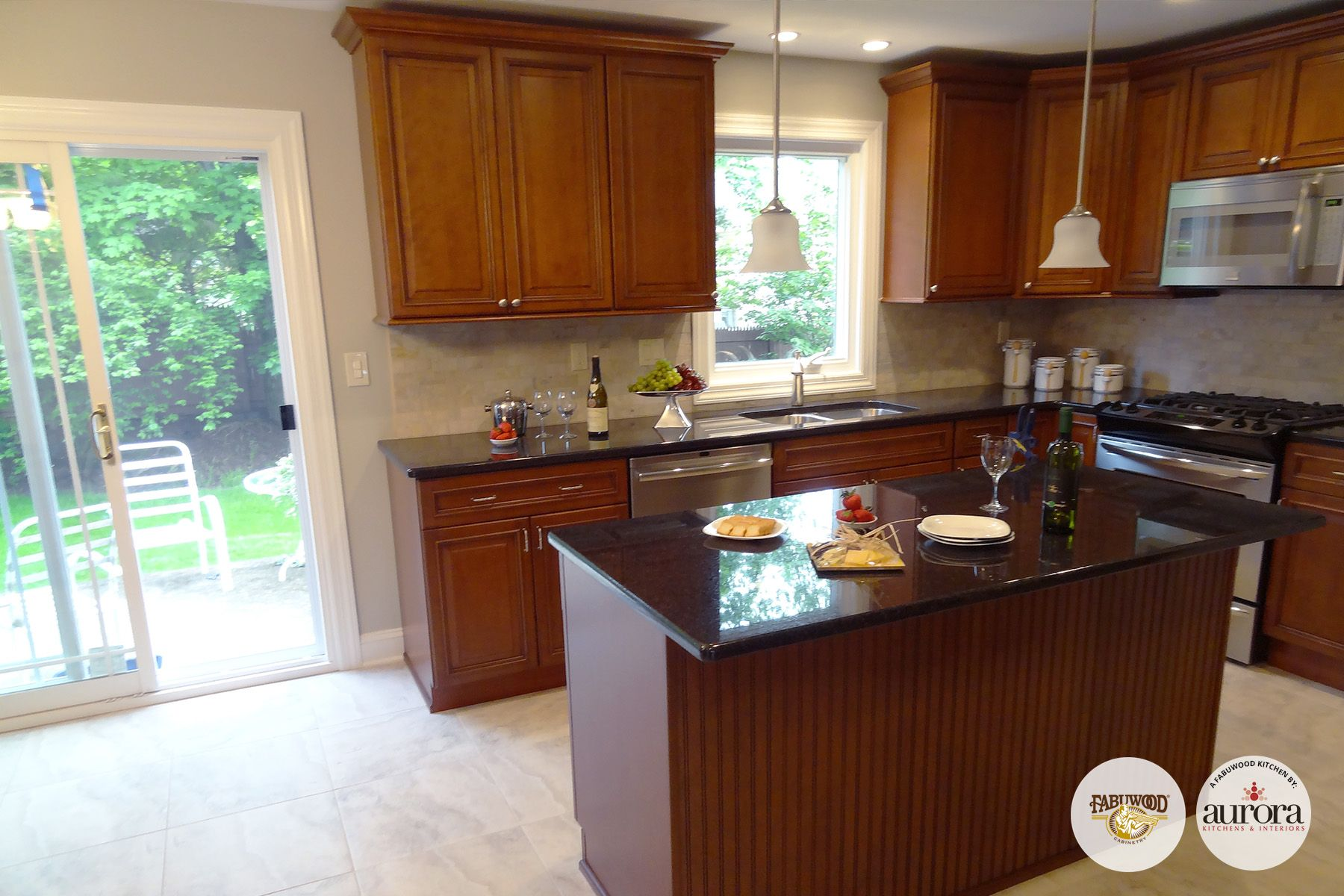 Merveilleux The Full View Of The Classic Wellington Cabinets In Cinnamon Glaze.  #Fabuwood #kitchens