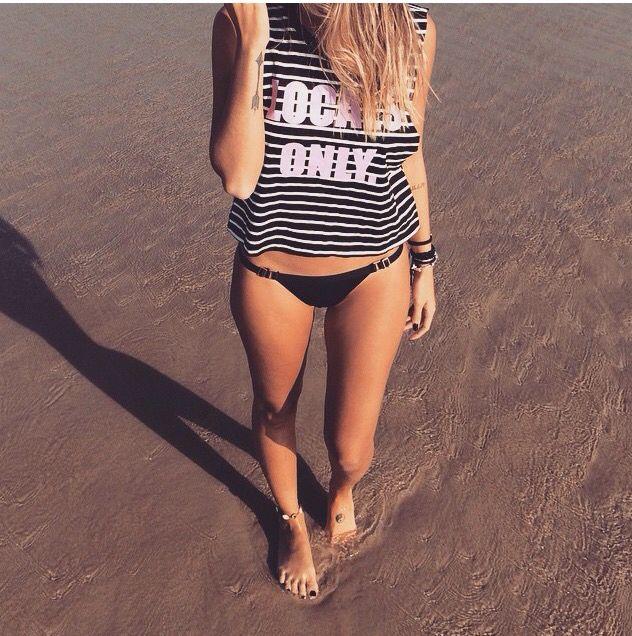 #praia #areia #biquini