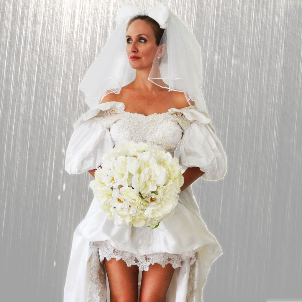 November Rain Wedding Dress For Sale Women S Dresses For Wedding Guest Check More At Http Wedding Dresses For Sale Wedding Dresses Wedding Dresses High Low