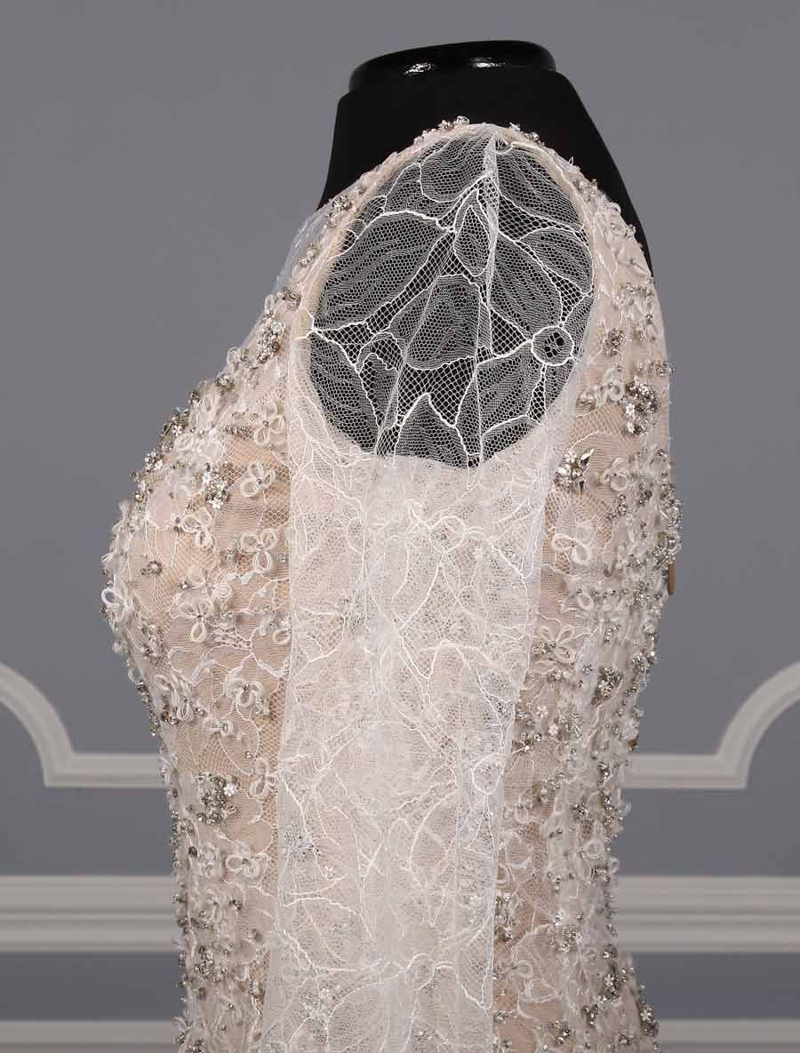 "This 100% Authentic, New Vera Wang Paige wedding dress is from the Luxe Collection!  This gown has the most beautiful, feminine chantilly lace long sleeves.  You will definitely ""Wow"" your wedding guests when you walk down the aisle in this couture masterpiece! Now up to 90 % Off Retail! #verawang"