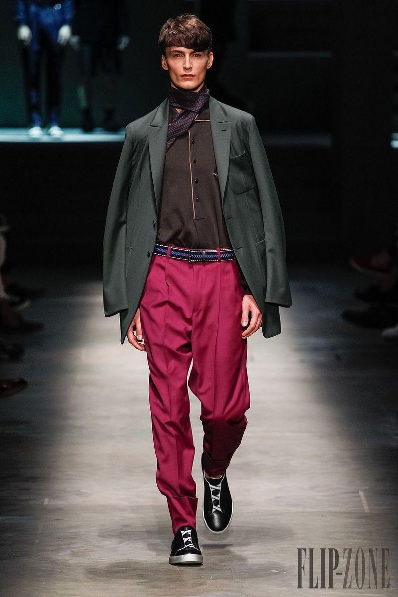 Ermenegildo Zegna Primavera-Verano 2015 - Para hombre - http://es.flip-zone.com/fashion/menswear/ermenegildo-zegna-4766 - ©PixelFormula