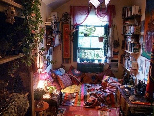 40 Cozy Room Nest Ideas For Lazy Humans Like Me Bored Art Hippy Bedroom Bohemian Living Rooms Hippy Room