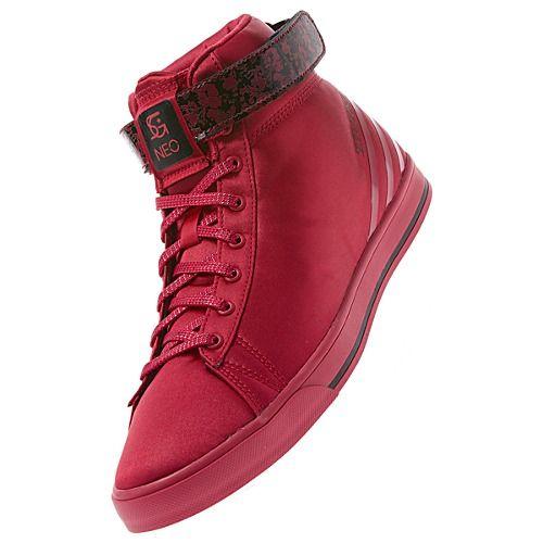Adiad Selena Gomez Daily Twist Shoes | adidas lover