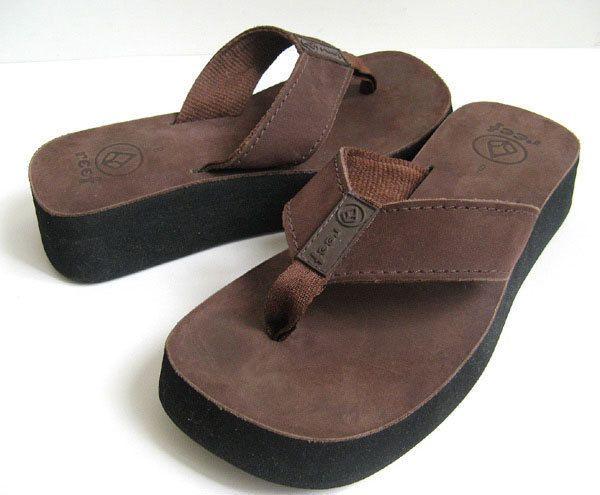 Brown leather flip flops, Leather flip