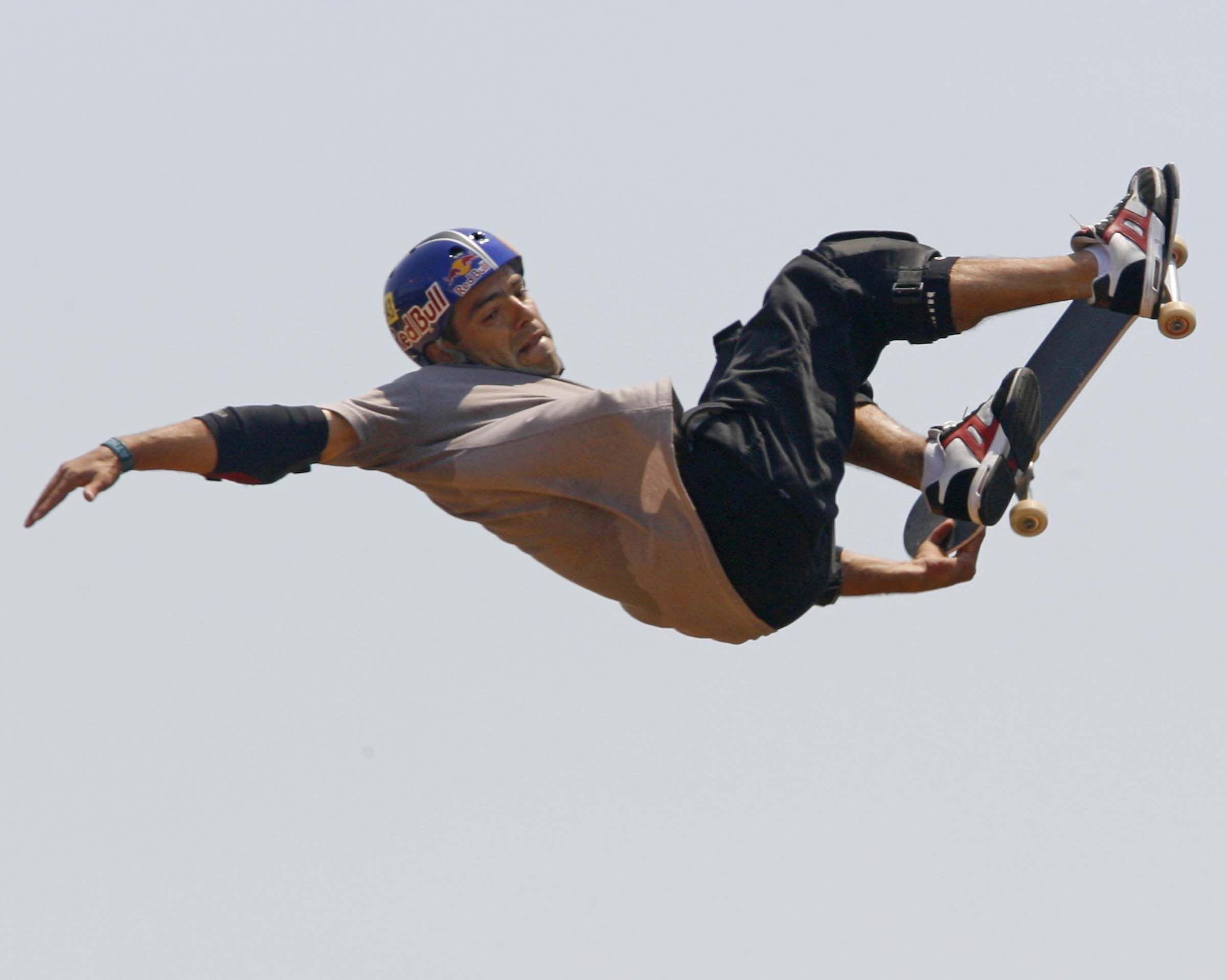 "Sandro Dias, ""Mineirinho"", skatista profissional"