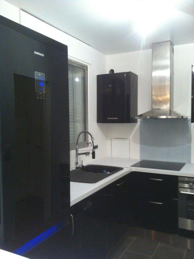 wwwsocieteaugustofr Création du0027une cuisine noire Cette cuisine - pose d un plan de travail cuisine