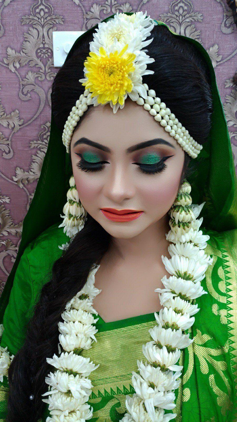 Bangladeshi flower jewellery Bridal mehndi dresses